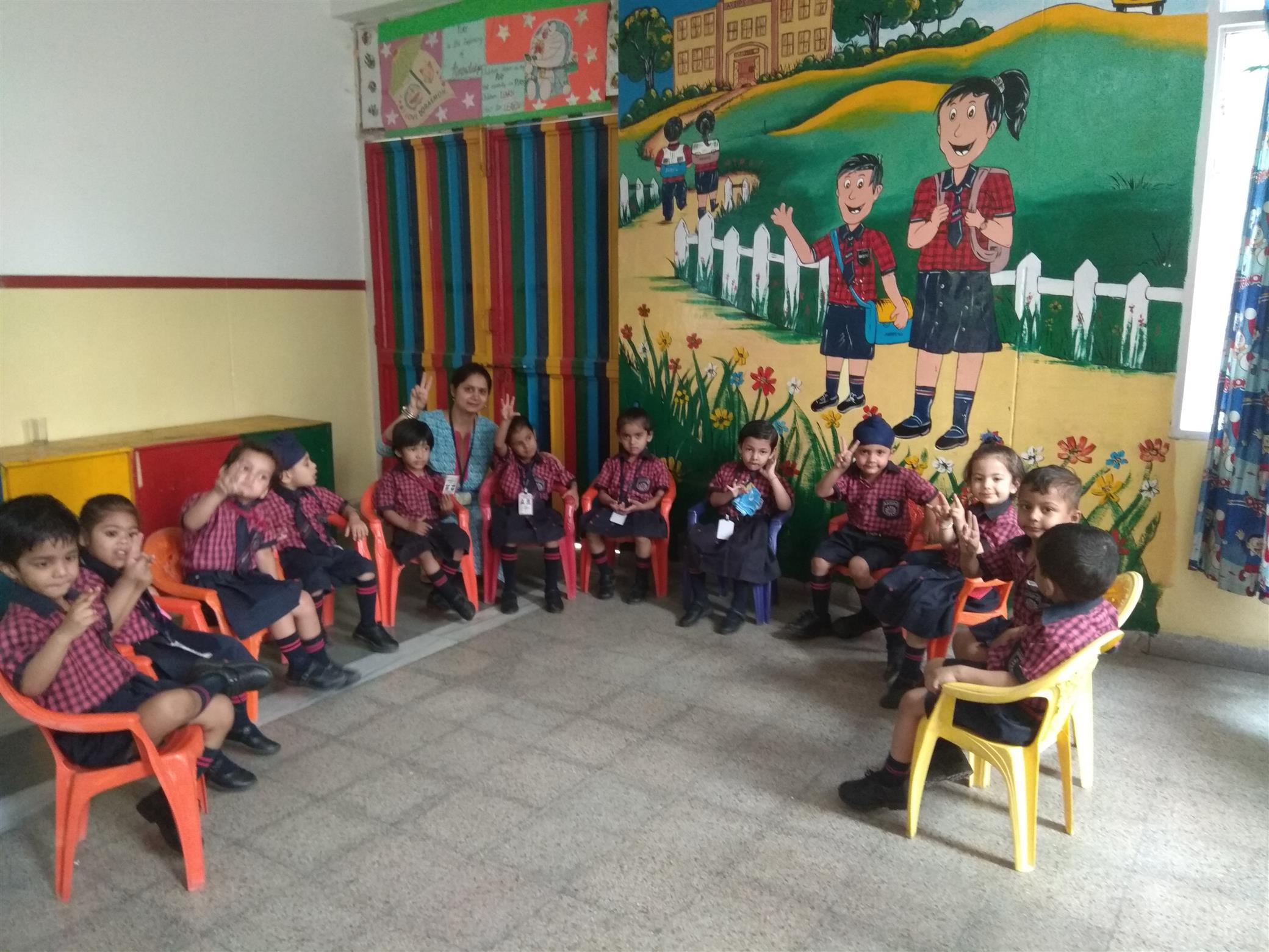 Activities for the toddlers at AKSIPS-65 | AKSIPS 65 Chandigarh